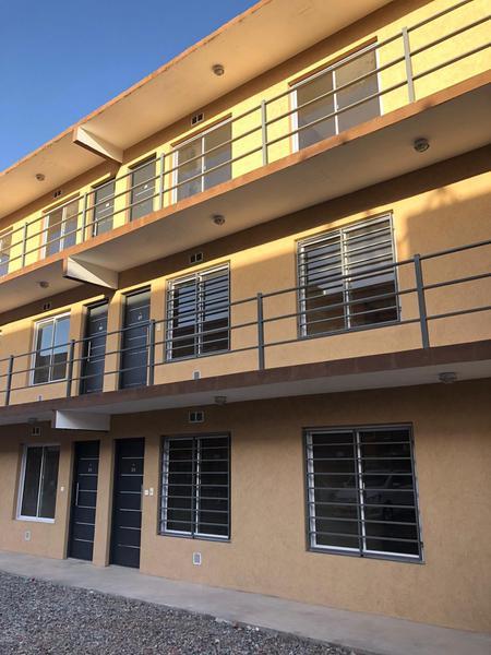 Foto Edificio en Moron Sur Barbosa 300/ 340 número 1
