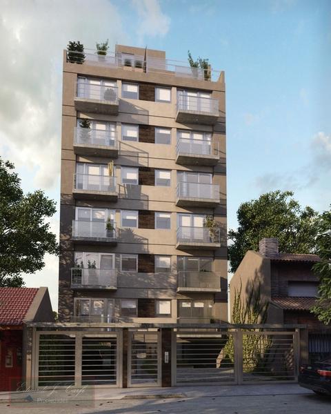 Foto Edificio en Castelar Sur Bayardi 2559 número 1