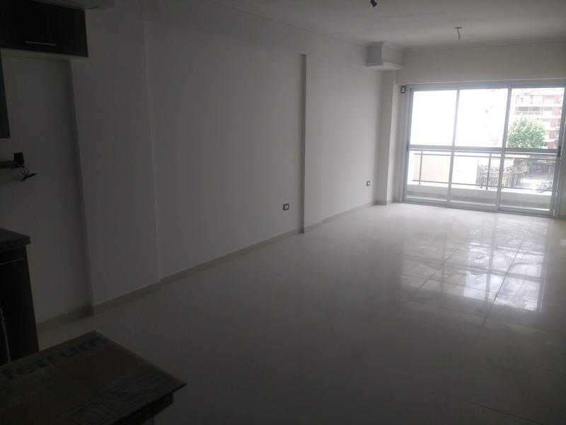 Foto Edificio en Liniers Lisandro de la Torre 104 número 11