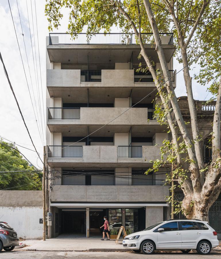 Foto Edificio en Lourdes Rioja 3154 número 2