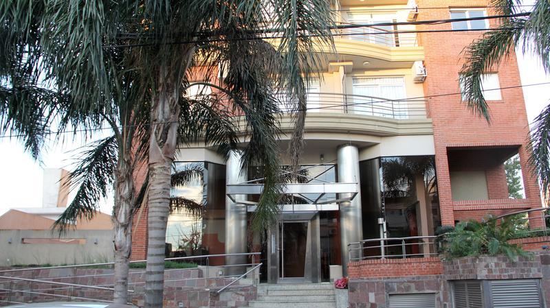 Foto Edificio en Ramos Mejia Vicente Lopez 200 número 1
