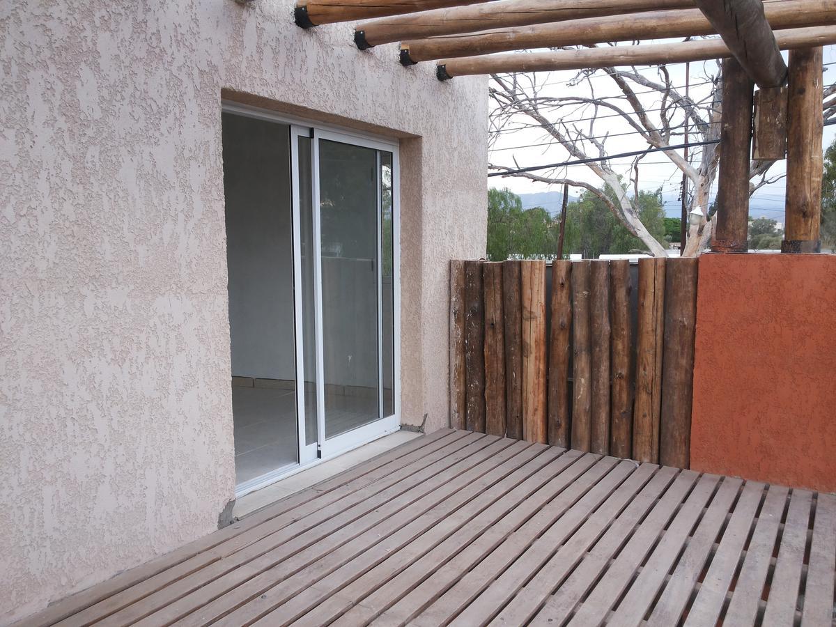 Foto Condominio en Rivadavia Malvinas Argentinas 1100 sur numero 11