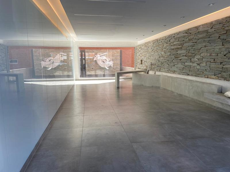 Foto Edificio en Villa Maria San Juan al 500- Copahue 5 Laser número 2