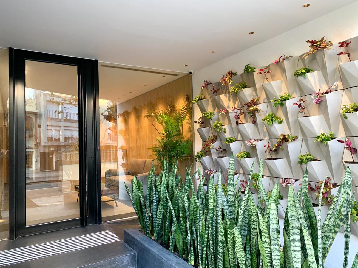 Foto Edificio de oficinas en Parque Rodó Bvar. España próximo a Cassinoni número 7