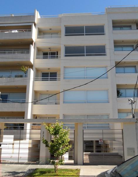 Foto Edificio en Castelar Norte ARREDONDO 2336 número 1