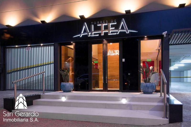 Foto Edificio en Luis A. de Herrera Denis Roa Casi Santa Teresa número 13