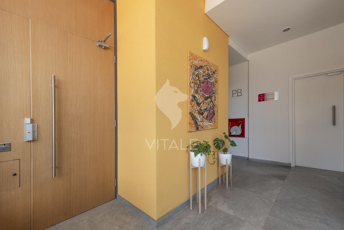 Foto Edificio en Chauvin La Rioja 2800 número 2
