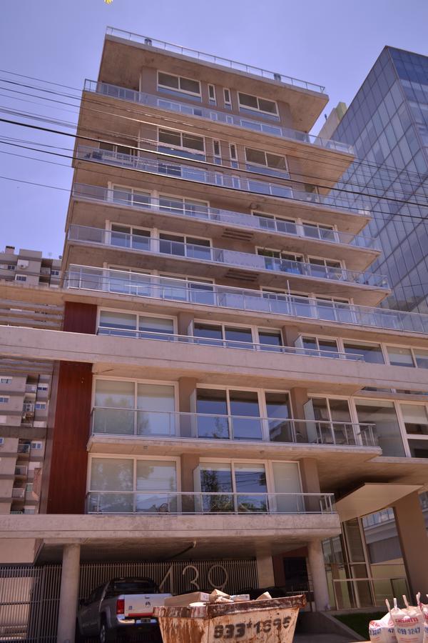 Foto  en Olivos-Vias/Rio Alberdi 441