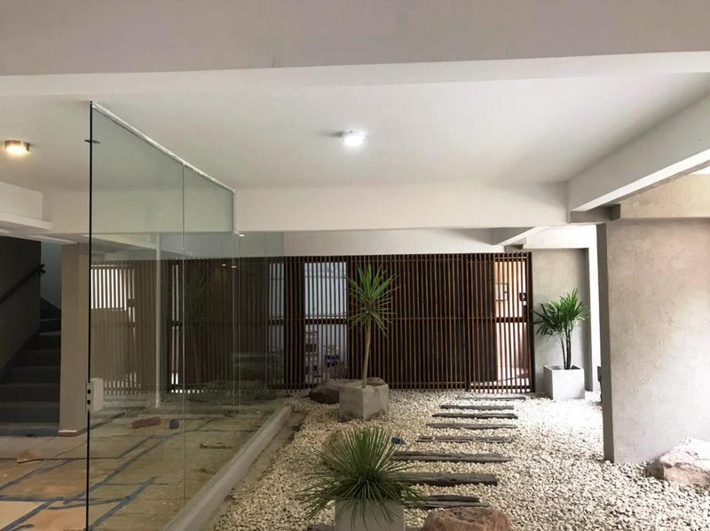 Foto Edificio en Moron La Roche 561 número 5
