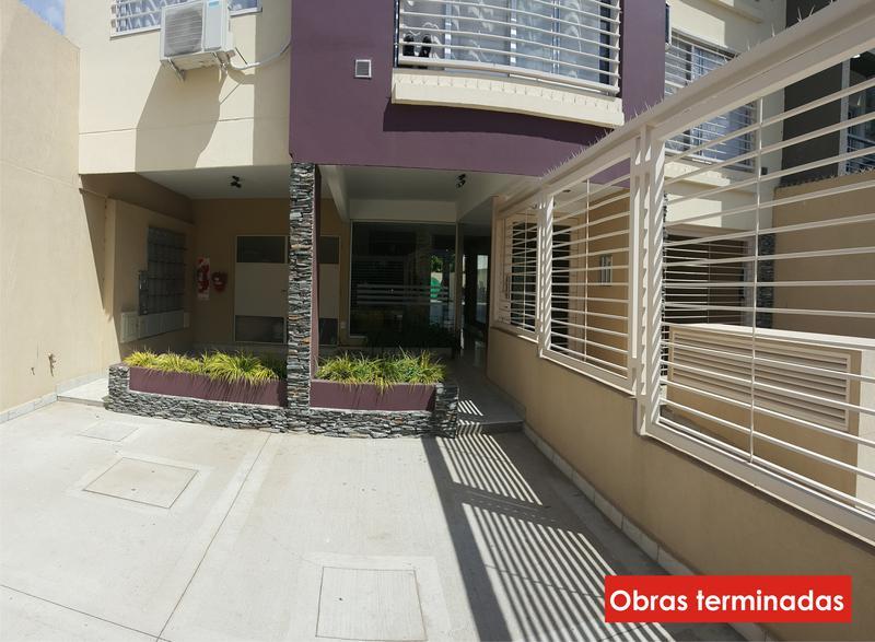 Foto Edificio en Moron Pellegrini 1300 número 2