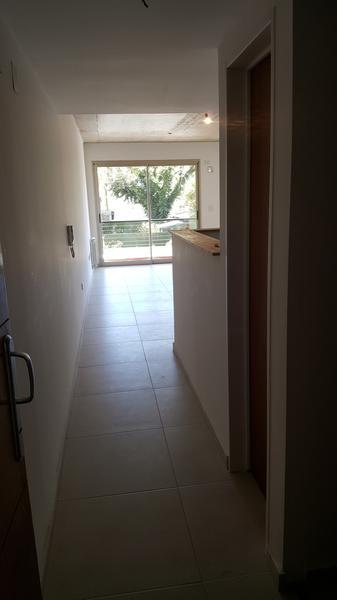 Foto Edificio en Adrogue ROSALES AL 1400 entre Cerretti y Plaza Brown número 13