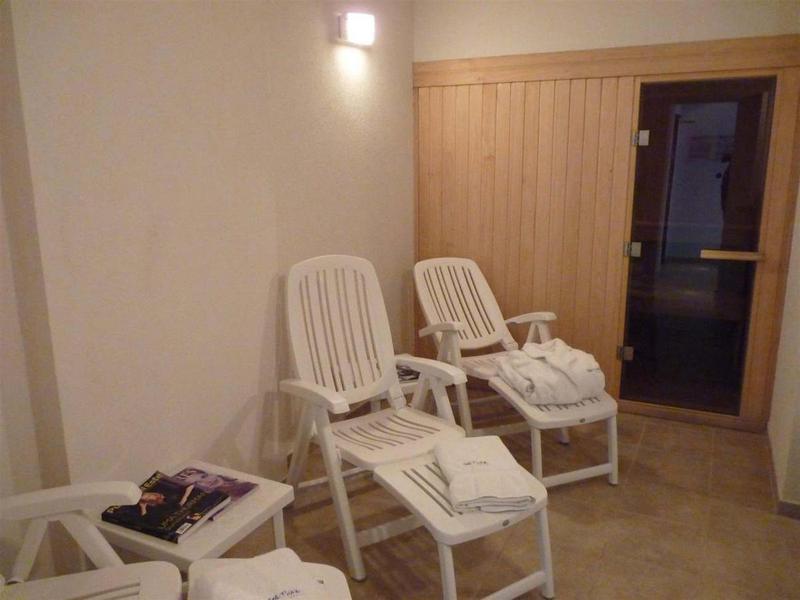 Foto Edificio en Playa Mansa Avda Chiverta número 24
