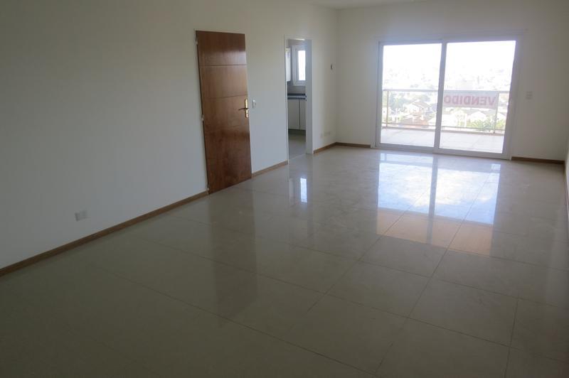 Foto Edificio en Belen De Escobar Tapia de Cruz 245 número 6