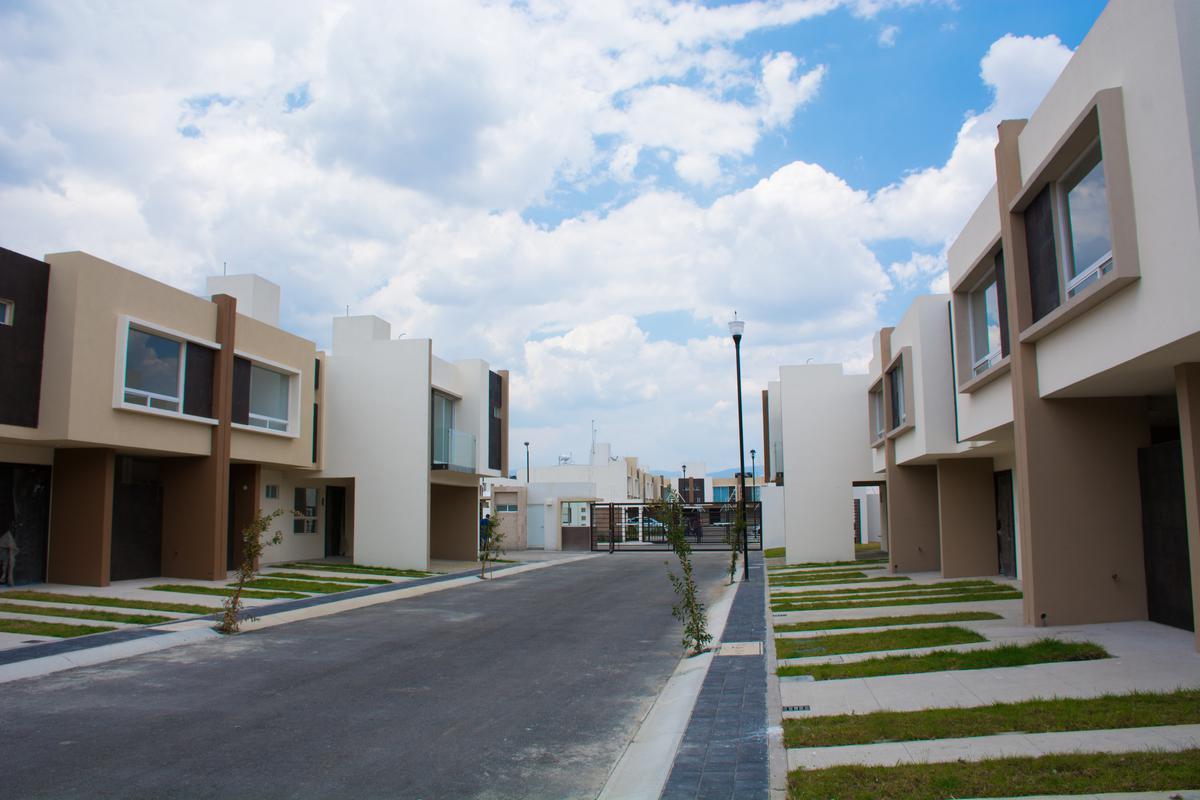 Foto  en San Nicolás Tolentino Casas Nuevas con Rapida Salida a CDMX