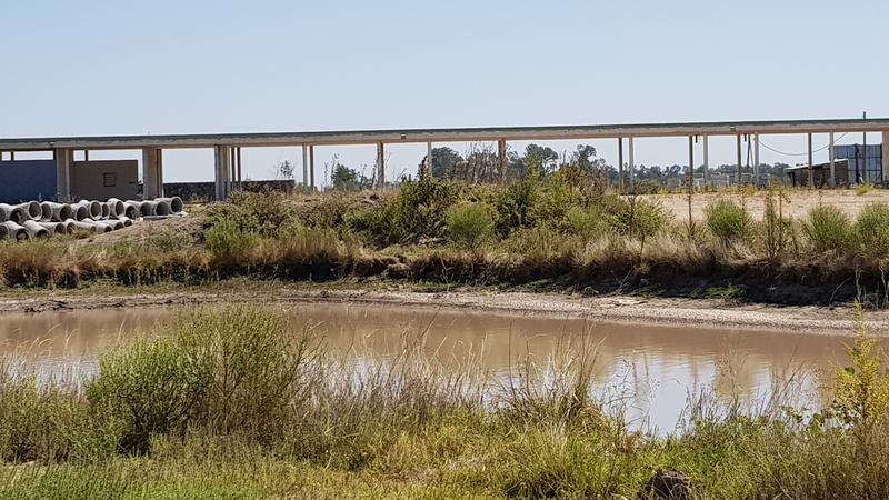 Foto Country en Presidente Peron Av. N. Kirchner Y Ruta 16 número 4