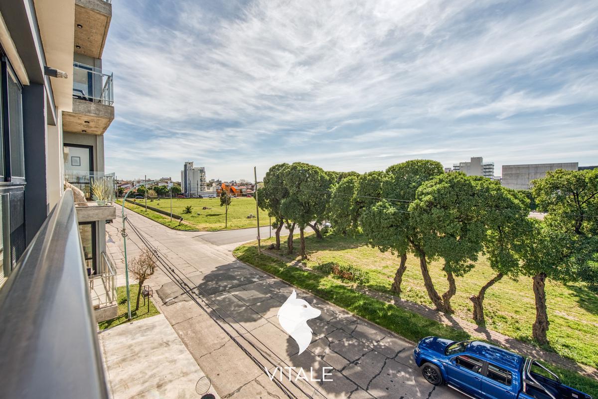 Foto Edificio en La Perla Sur Florisbelo Acosta 3800 número 5