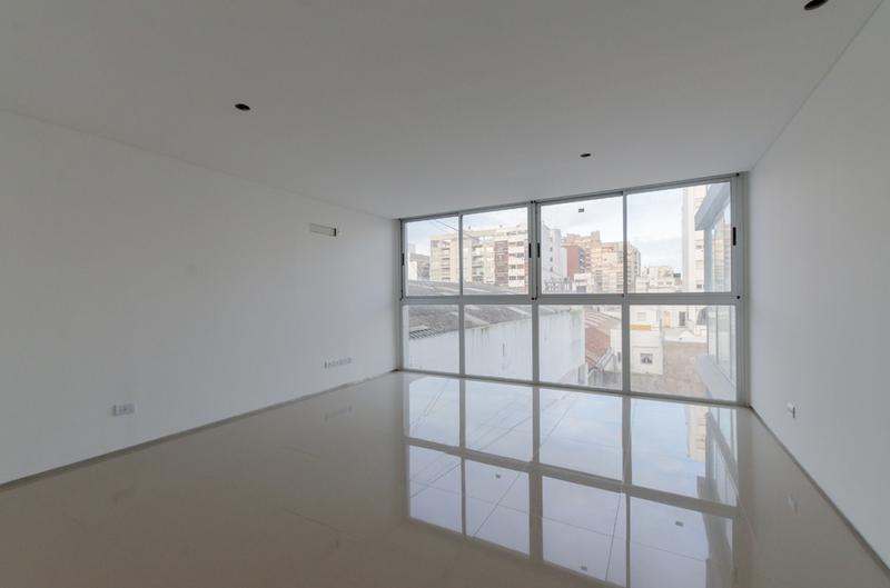Foto Edificio de oficinas en La Perla Sur CLIPER Oficinas número 12
