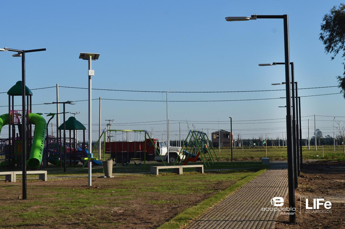 Foto Barrio Abierto en Alvear Av. Rubini y RP 21 número 4