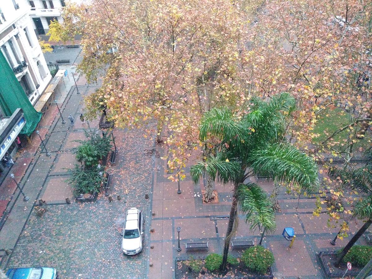 Foto Edificio en Centro (Montevideo) KILÓMETRO CERO Frente a Plaza Libertad número 20