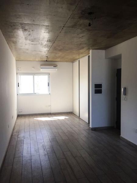 Foto Condominio en Villa Luro Pizarro al 5500 número 3
