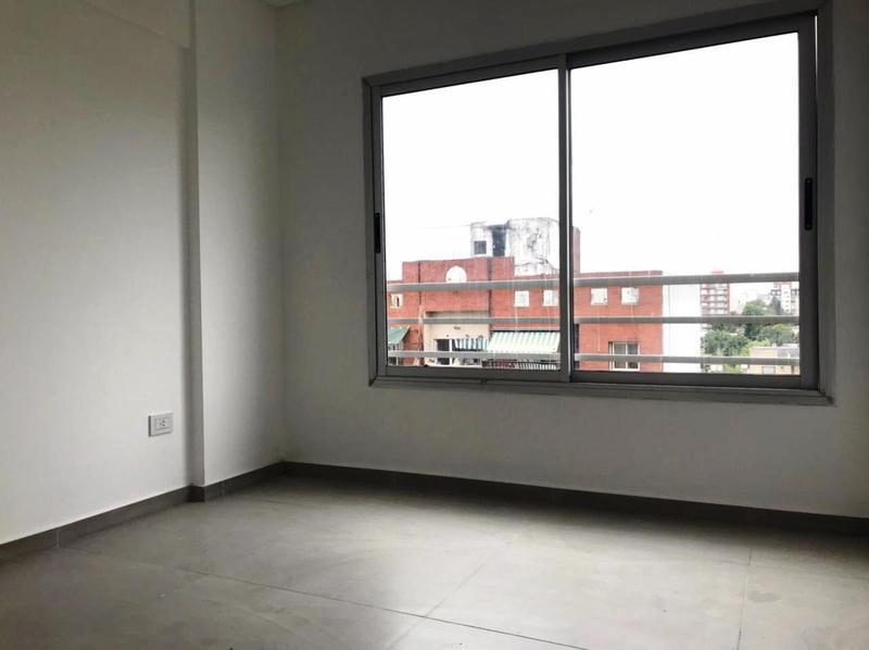 Foto Edificio en Moron La Roche 561 número 15