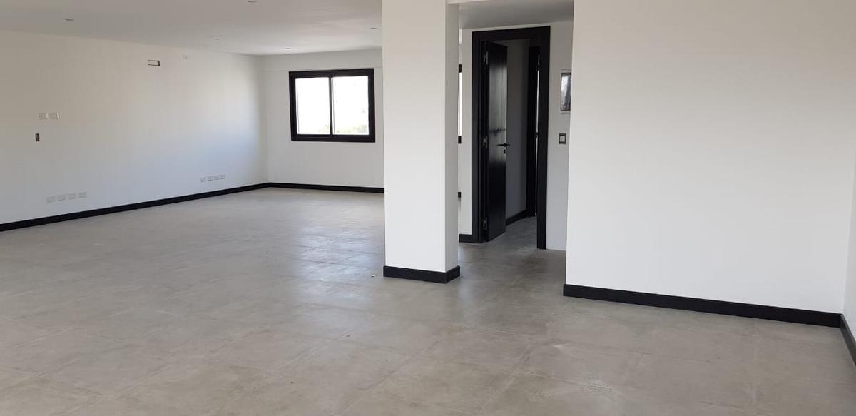Foto Edificio de oficinas en Chauvin Garay 1751 número 6