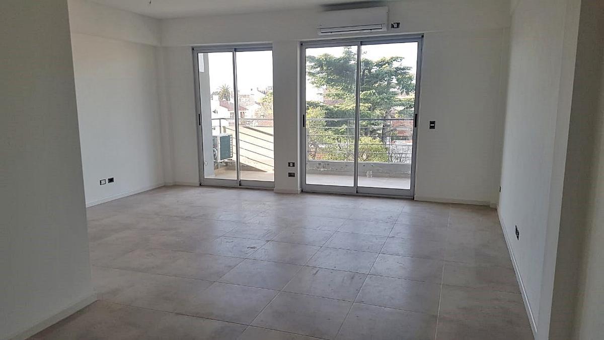 Foto Edificio en Olivos Ugarte al 3200 número 3