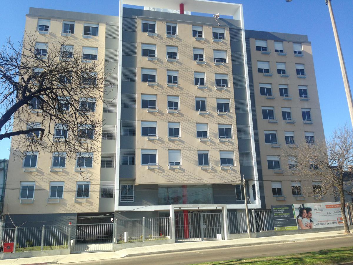 Foto Edificio en La Blanqueada Torre Modelo, sobre Bvar Batlle y Ordóñez número 16
