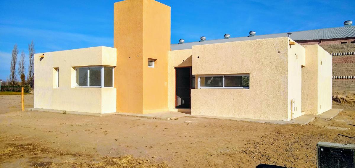 Foto Barrio Privado en Santa Lucia Avda. Libertador  casi Santa María de Oro - Santa Lucía número 12