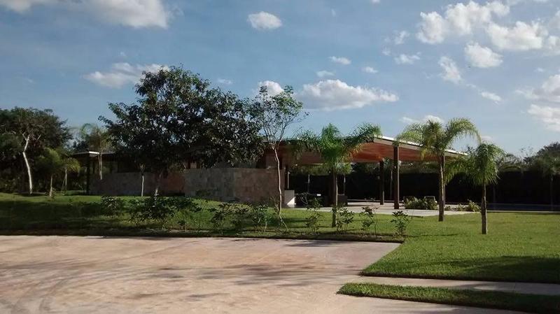 Foto Condominio en Pueblo Cholul Privada Abedules- Parque central número 9