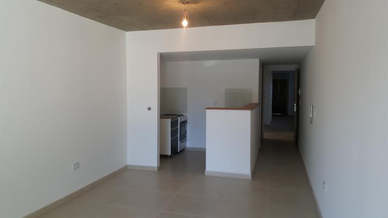 Foto Edificio en Adrogue ROSALES AL 1400 entre Cerretti y Plaza Brown número 14