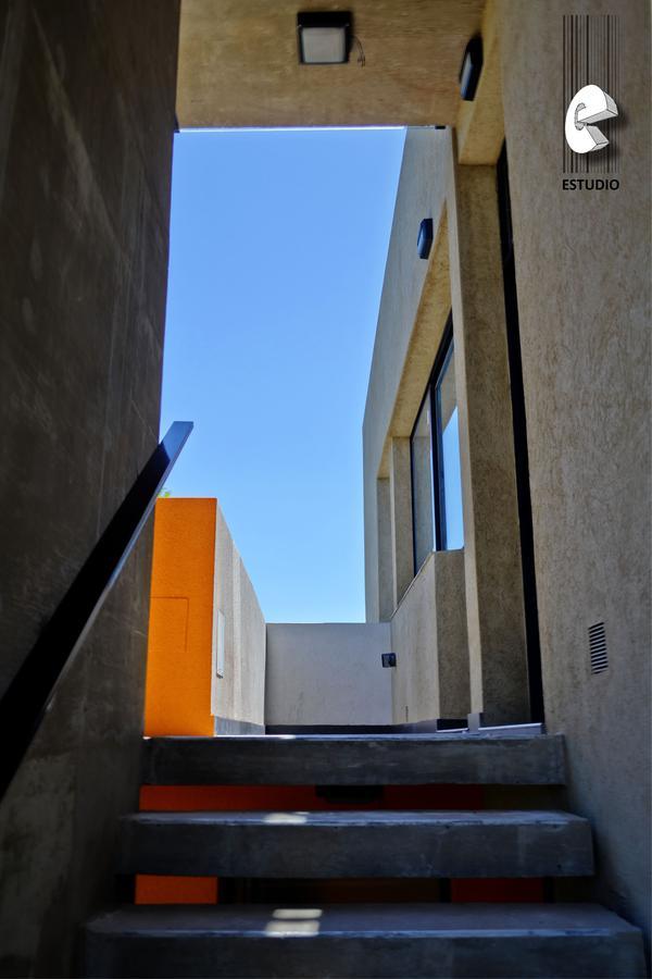 Foto Edificio en Santa Fe Laprida esquina Pasaje Fraga número 6