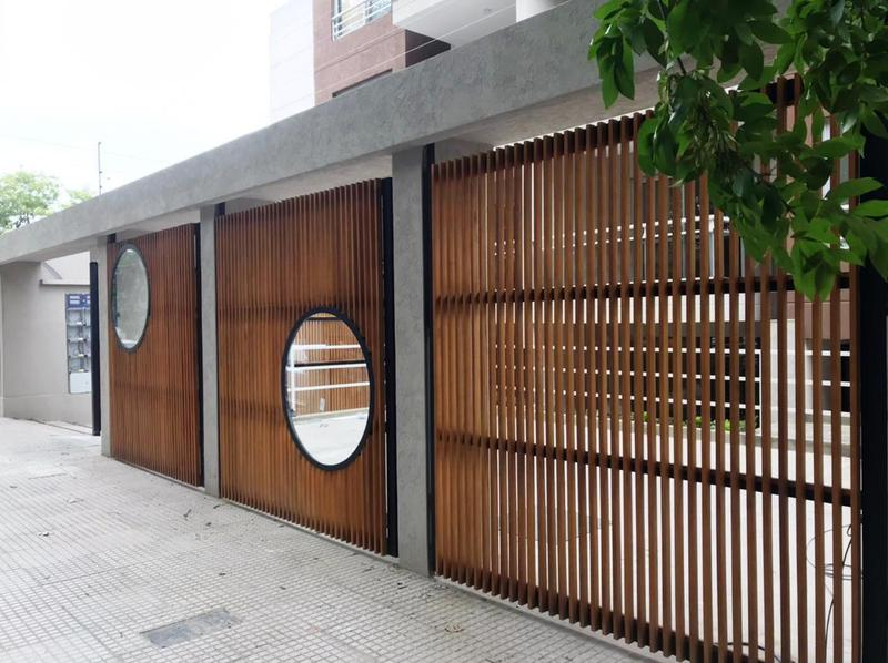 Foto Edificio en Moron La Roche 561 número 4