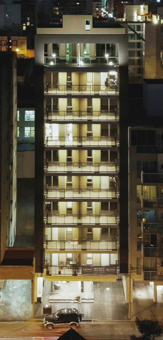 Foto Edificio en Plaza Mitre HIPOLITO YRIGOYEN 2500 número 3