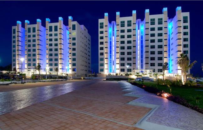 Foto Edificio en Zona Hotelera  número 7