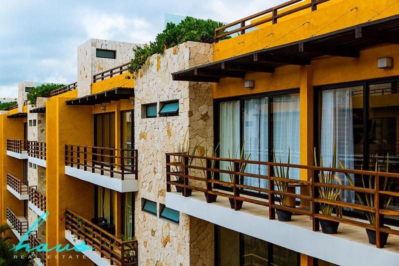 Foto Edificio en Solidaridad Av 38 esq. Av 20 número 35