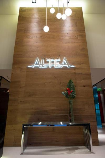 Foto Edificio en Luis A. de Herrera Denis Roa Casi Santa Teresa número 9