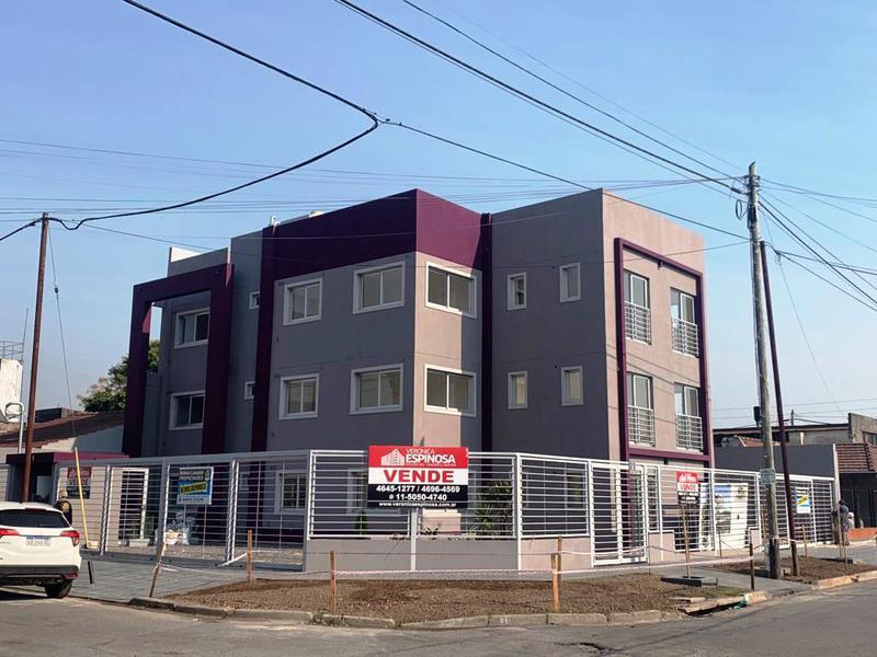 Foto Edificio en Moron Sagasta 900 número 3