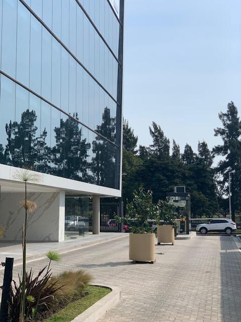 Foto Edificio de oficinas en Haedo Norte Acceso Oeste Km 16 Haedo número 4