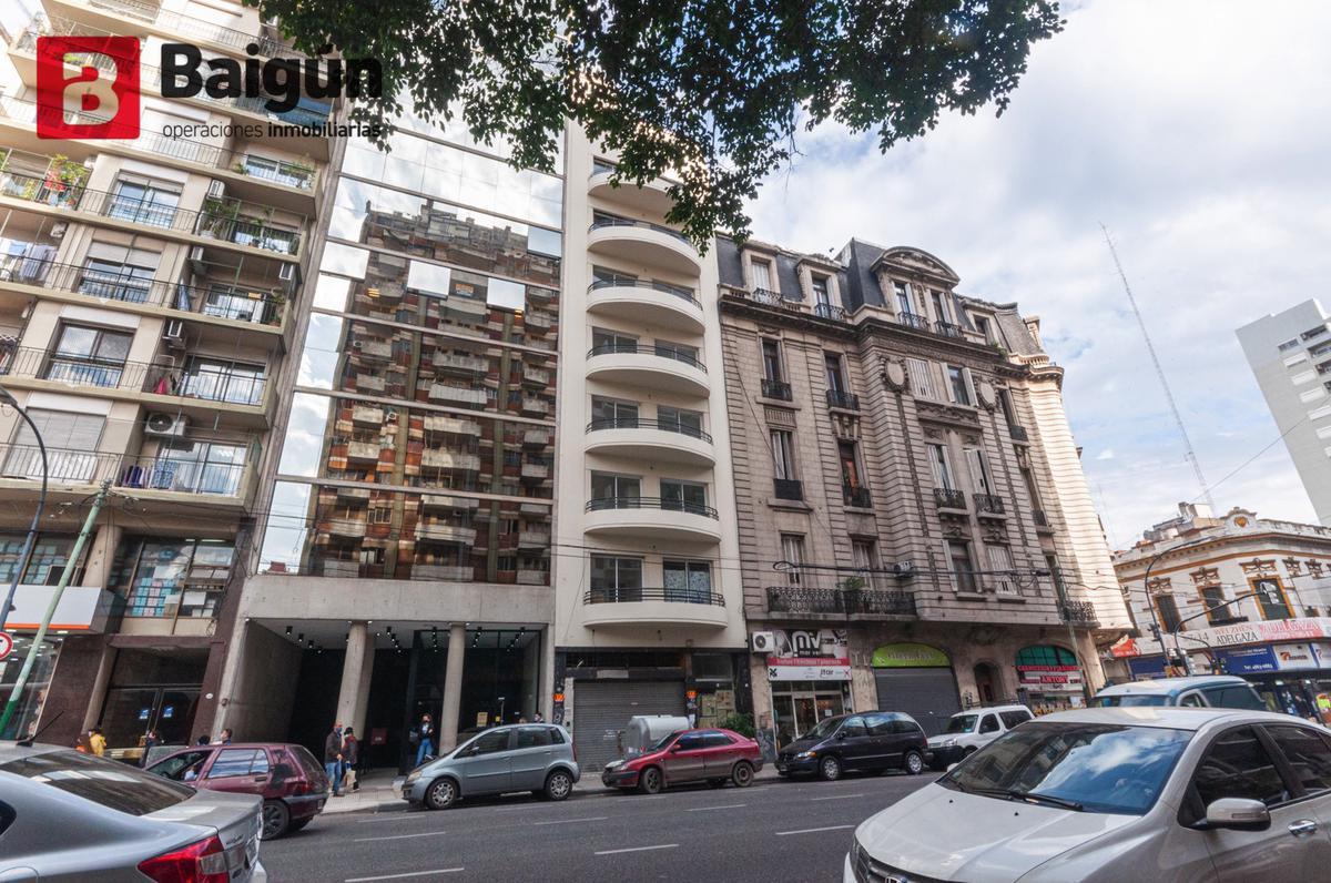 Foto Edificio en Once CORRIENTES Y ECUADOR  número 1