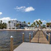 Foto  en Monroe Maison Residences Islamorada,  Florida 33036