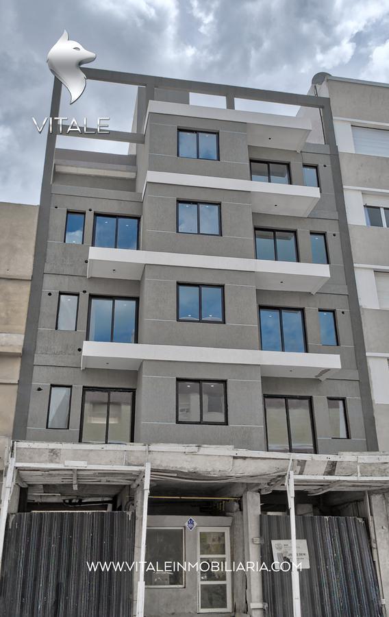 Foto Edificio en La Perla Norte Sgto. Cabral 73 número 2