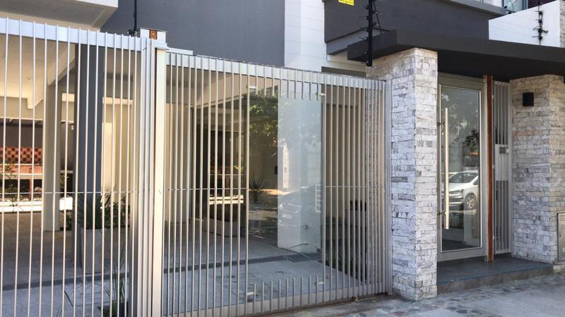 Foto Edificio en Moron Sur Mariano Moreno 900 número 3