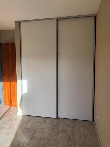 Foto Edificio en Moron Sur Barbosa 300/ 340 número 3