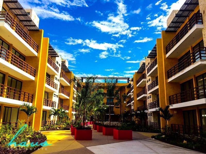 Foto Edificio en Solidaridad Av 38 esq. Av 20 número 22