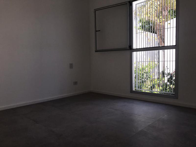 Foto Edificio en Castelar Gobernador Luis Garcia 2300 número 23
