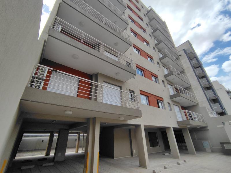Foto Edificio en Moron 25 de Mayo 750 número 3
