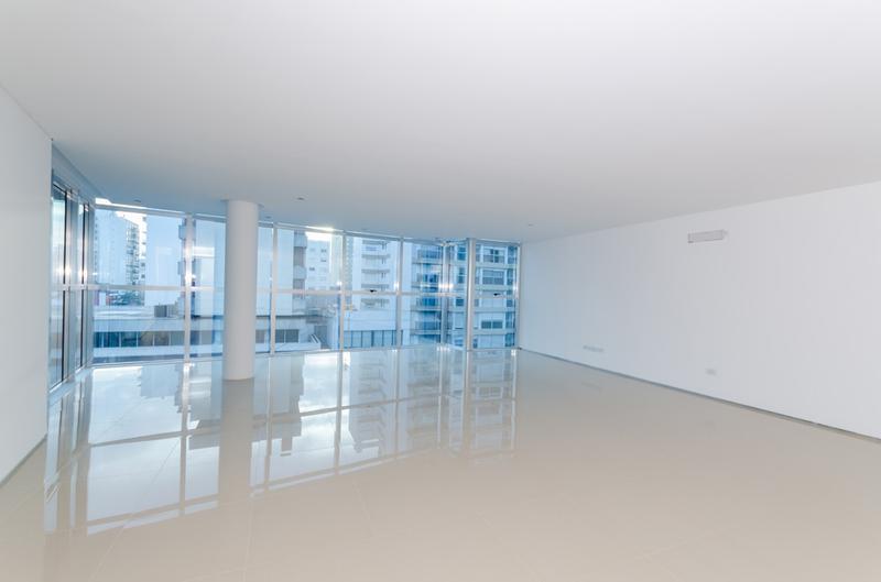 Foto Edificio de oficinas en La Perla Sur CLIPER Oficinas número 3