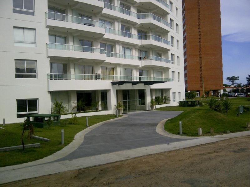 Foto Edificio en Aidy Grill Pampa entre Av. Biarritz y calle San Martin número 9