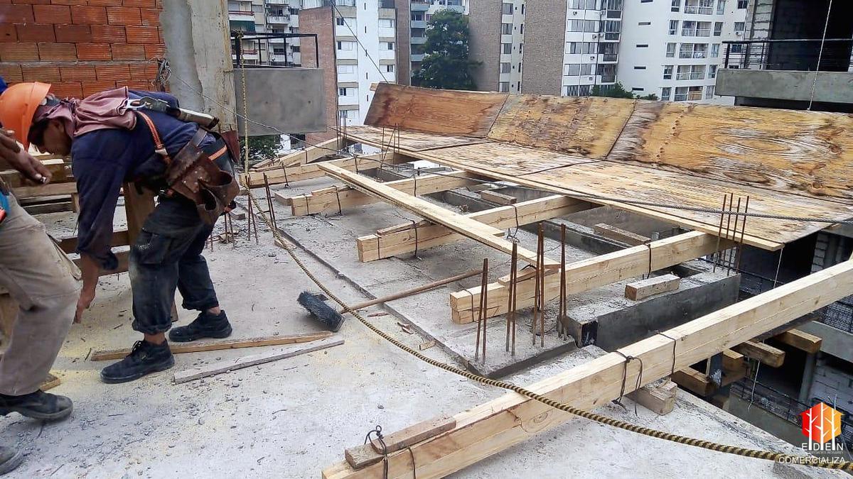 Foto Edificio en Centro Zeballos 1678 número 7